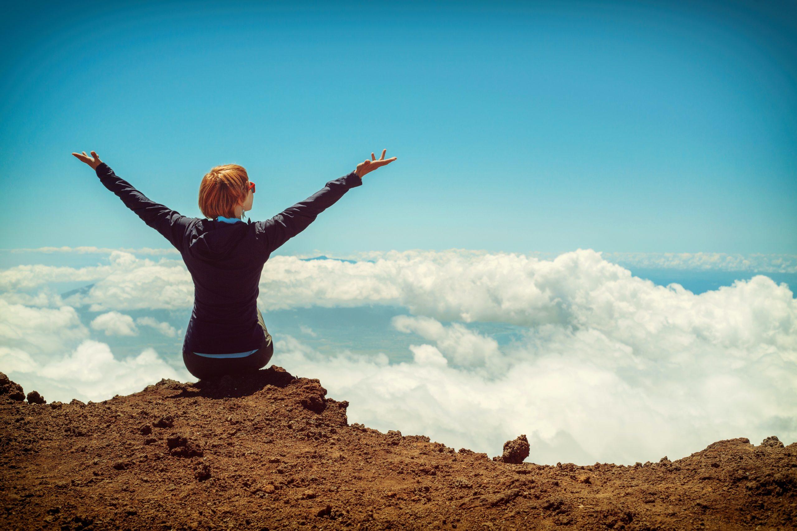 AHA 012 | Wie du die Stimmen in deinem Kopf für mehr Glück und Gesundheit nutzen kannst